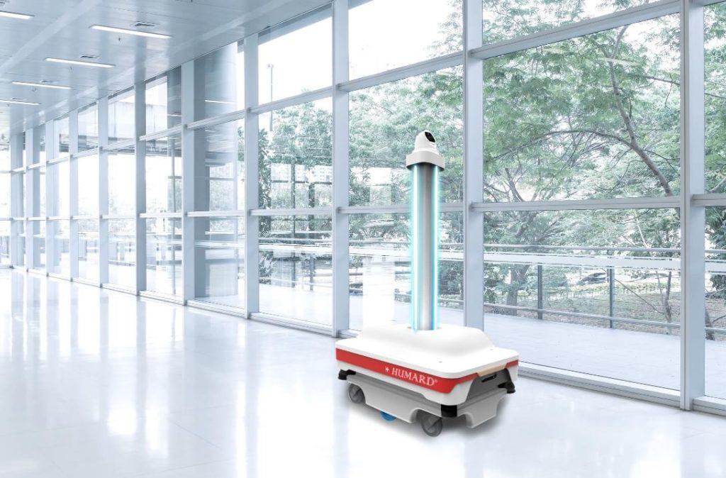 Humard robot disinfects using UV light